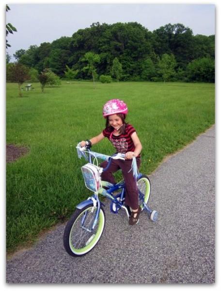 girl-bike-park